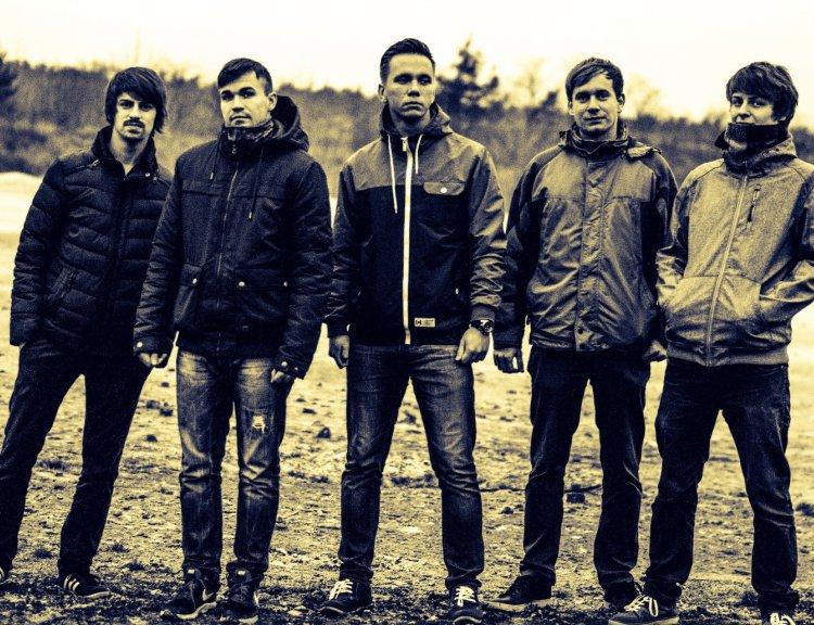 clanek_Břeclavská pop rocková kapela Emplane stojí nohama na zemi