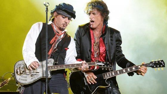 clanek_Kytarista Aerosmith chystá sólovku s Johnnym Deppem
